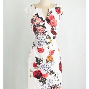 Adrianna Papell White floral sheath dress